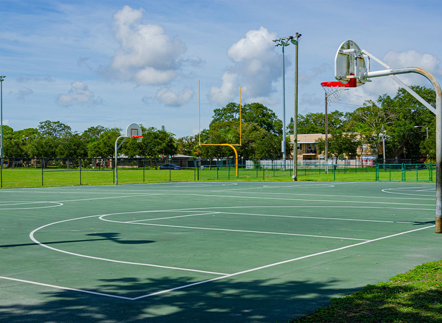 Bartlett Park outdoor basketball court